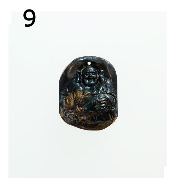 最高の香木★沈香(じんこう) アロマ 水沈香 手彫り<布袋様> 置物 ペンダントトップ (19gアップ)