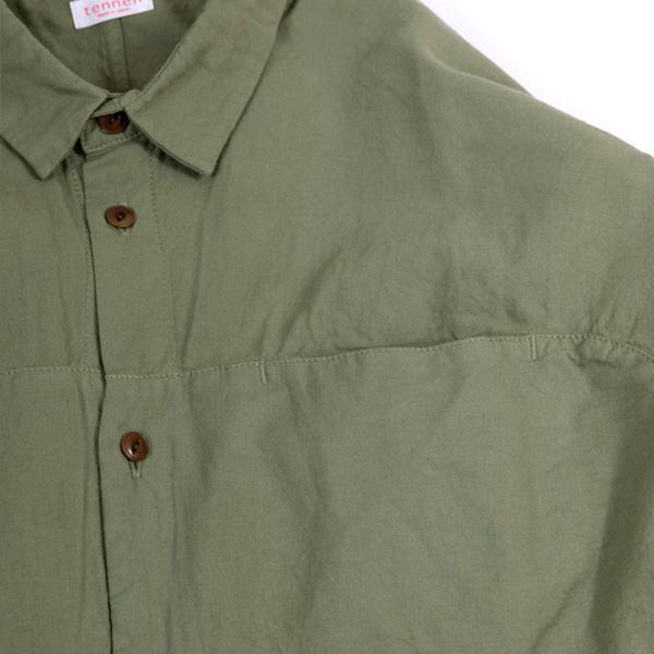 スロウシャツ