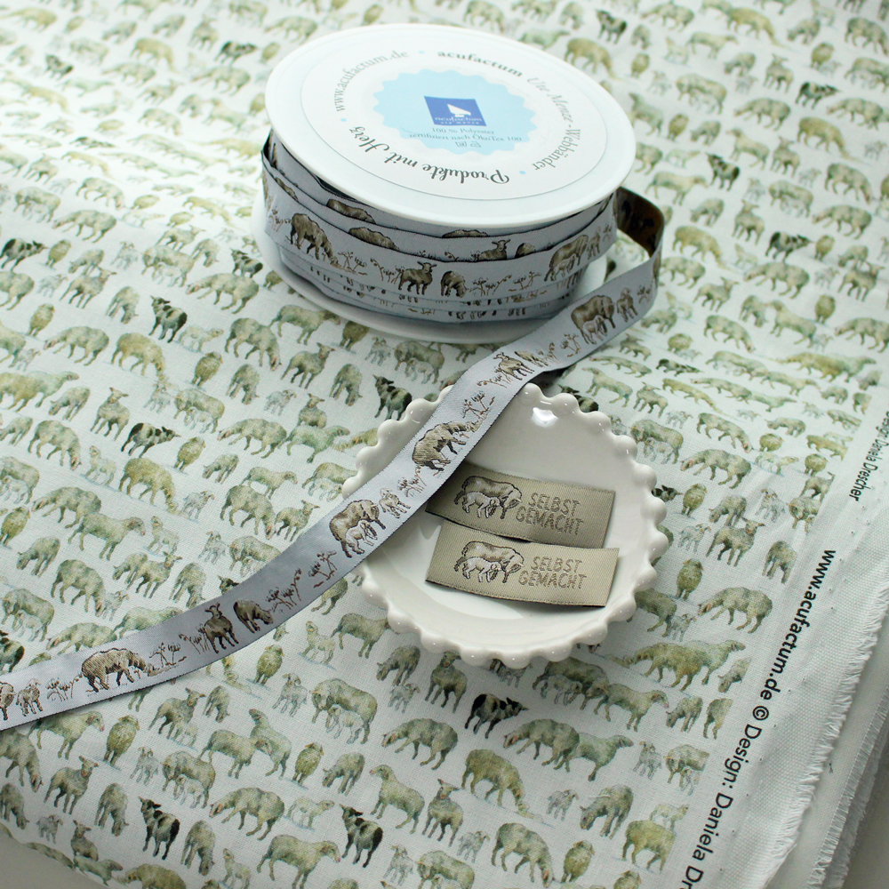 【50cm単位】acufactum296 約幅16mm/羊柄 シープ柄ジャガードリボン チロリアンテープ