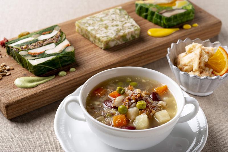 ヘルシーな3種類のテリーヌ&リエット、スープセット