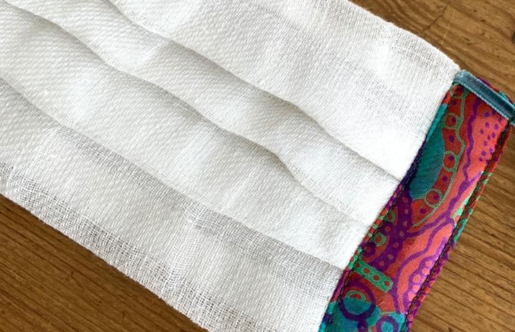 テキスタリアン オリジナル 布マスク 「ピアスイラズ」 ホワイト×ターコイズ