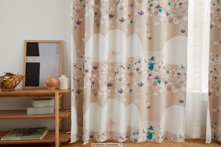 2級遮光カーテン ムーミン 「SOFT MELODY ソフトメロディー ベージュ」 幅〜200cm×丈〜260cm