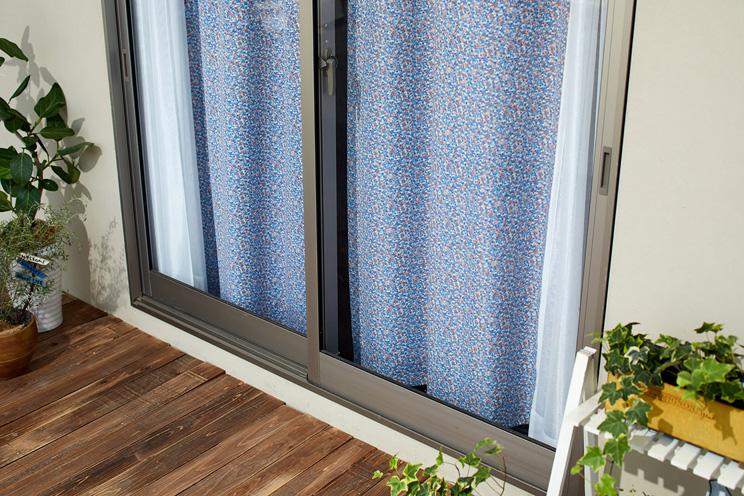 1級遮光カーテン スミノエ デザインライフ 「SIFFLET シフレ アイボリー×ブルー」 生地サンプル ※1種類につき1枚まで、計5枚まで