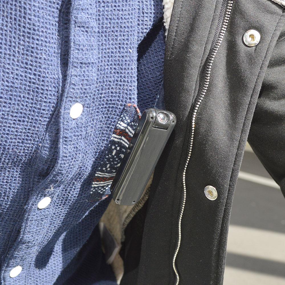 レンズが回転するポケットカメラ「マワッ撮る」