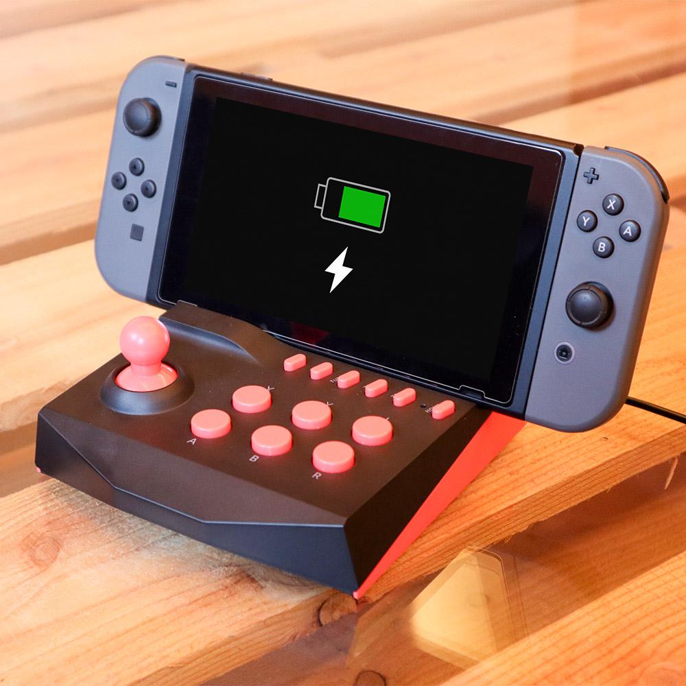 Switch用充電スタンドにもなる「アーケードコントローラーミニ」