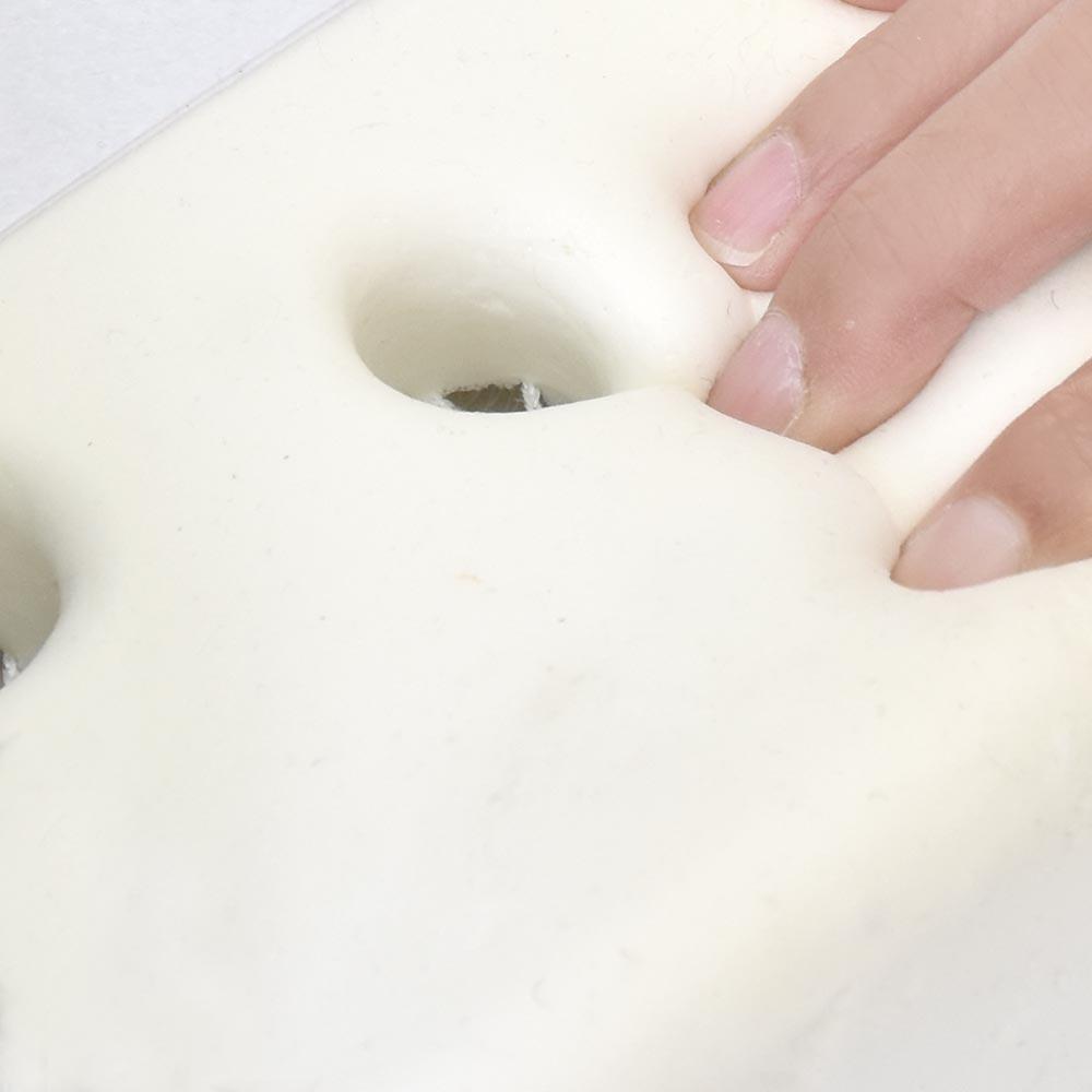 3D形状で快適サポート「ファン&ヒーター美姿勢低反発クッション」【店舗在庫あり!】