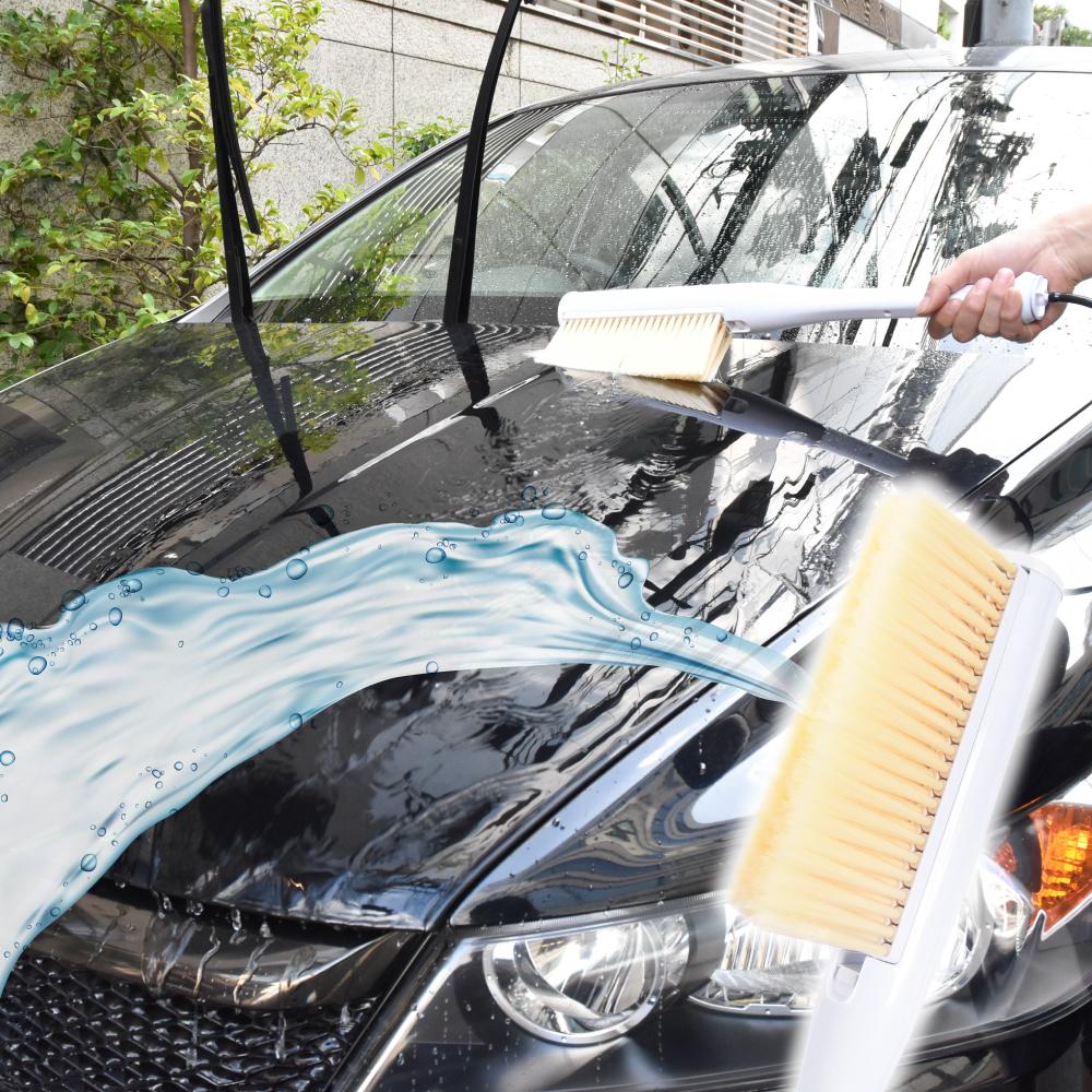 水を吸い上げ片手で洗車!「ハンディスプラッシュブラシ」