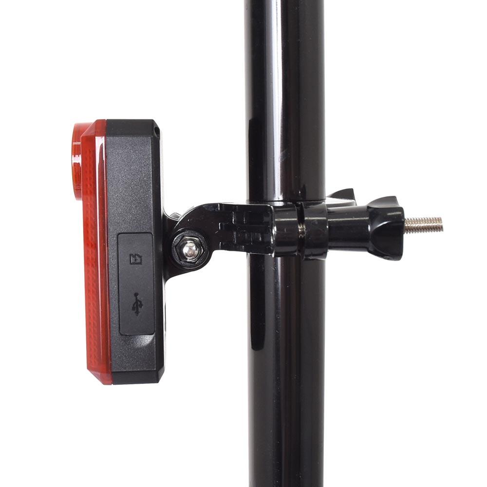 通勤通学も安心!自転車用テールライトドラレコ「バッカム」