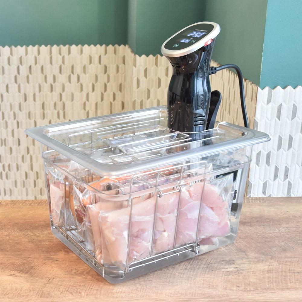 まとめて美味しく作り置き!低温調理器用6列タンク