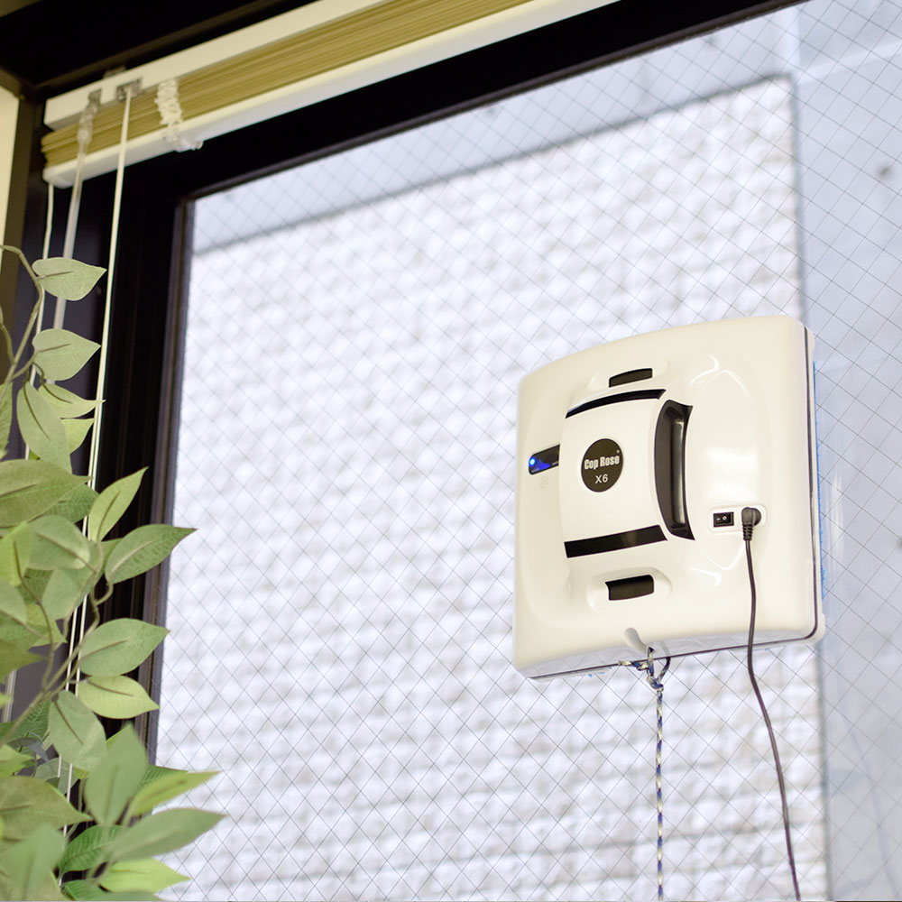 アウトレット窓拭きお掃除ロボット「WINDY」