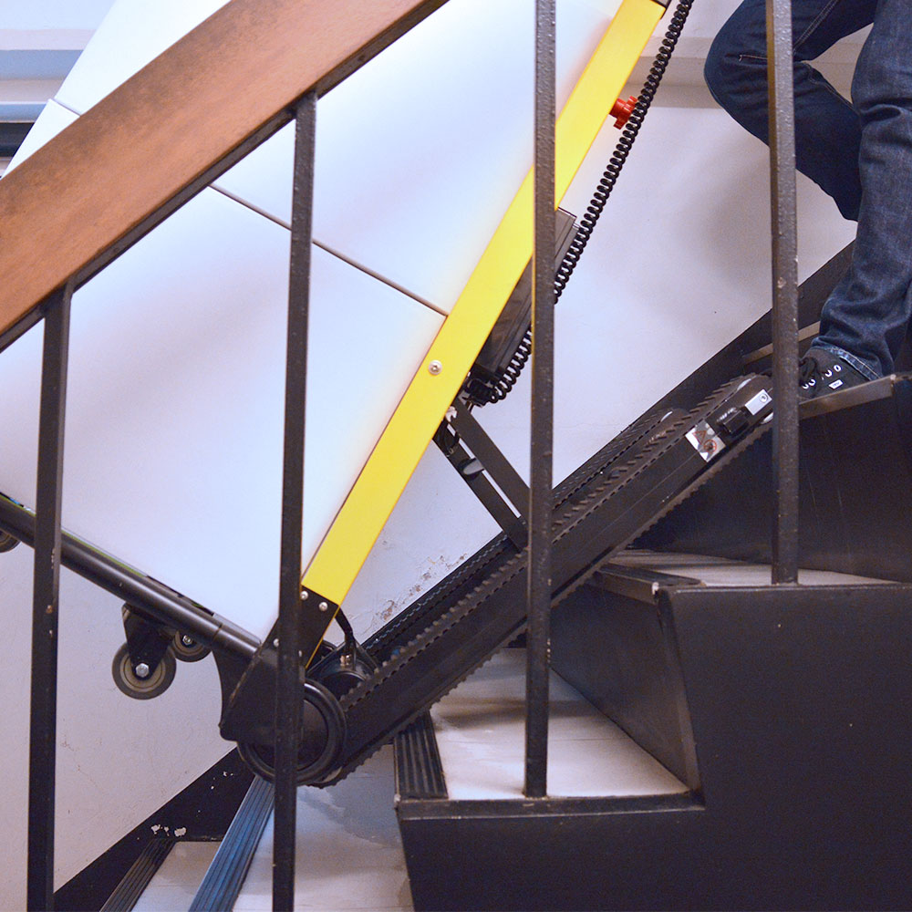 電動階段のぼれる台車