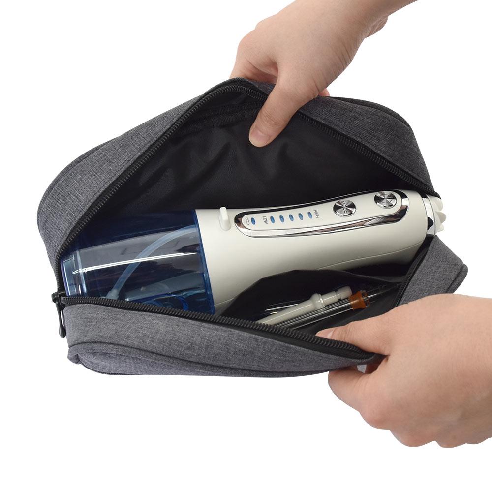 6本のノズルで口内スッキリ!USB充電口腔洗浄器