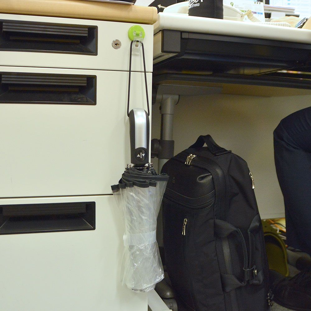 自動開閉式折りたたみビニール傘「クリアンブレラ」