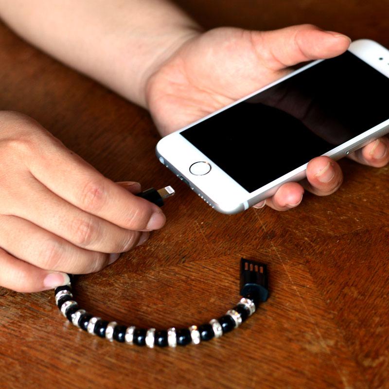 iPhone用きらきらパールブレスレット充電ケーブル(ブラック) ★決算セール特価★