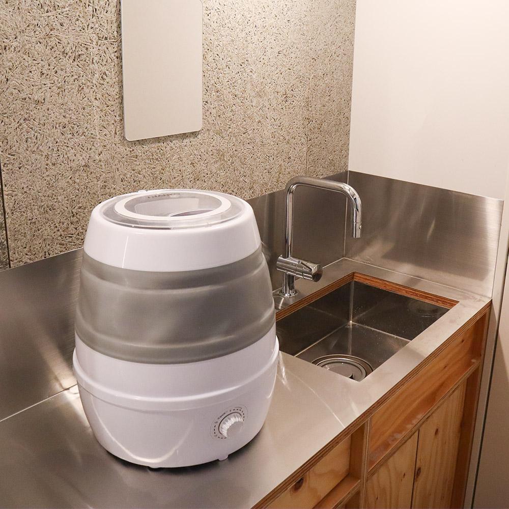 収納できる小さい洗濯機「折りたたみ洗濯機」