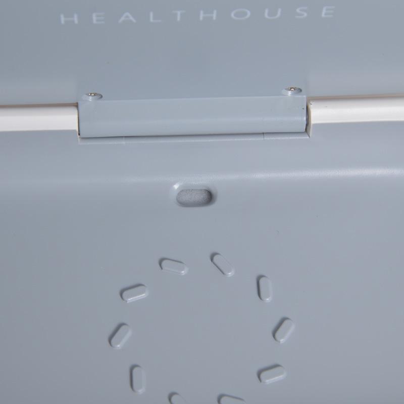 スマホの充電ができるUVクリーンBOX