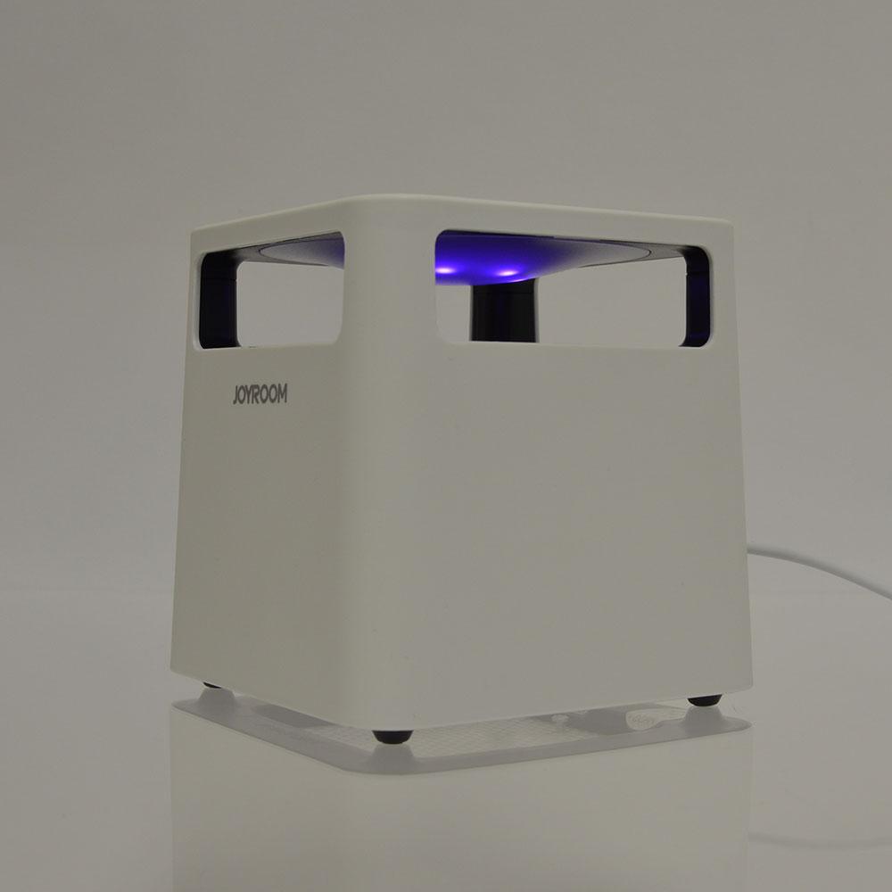 蚊を誘い込む吸引式蚊取り器「ウェル蚊ム」