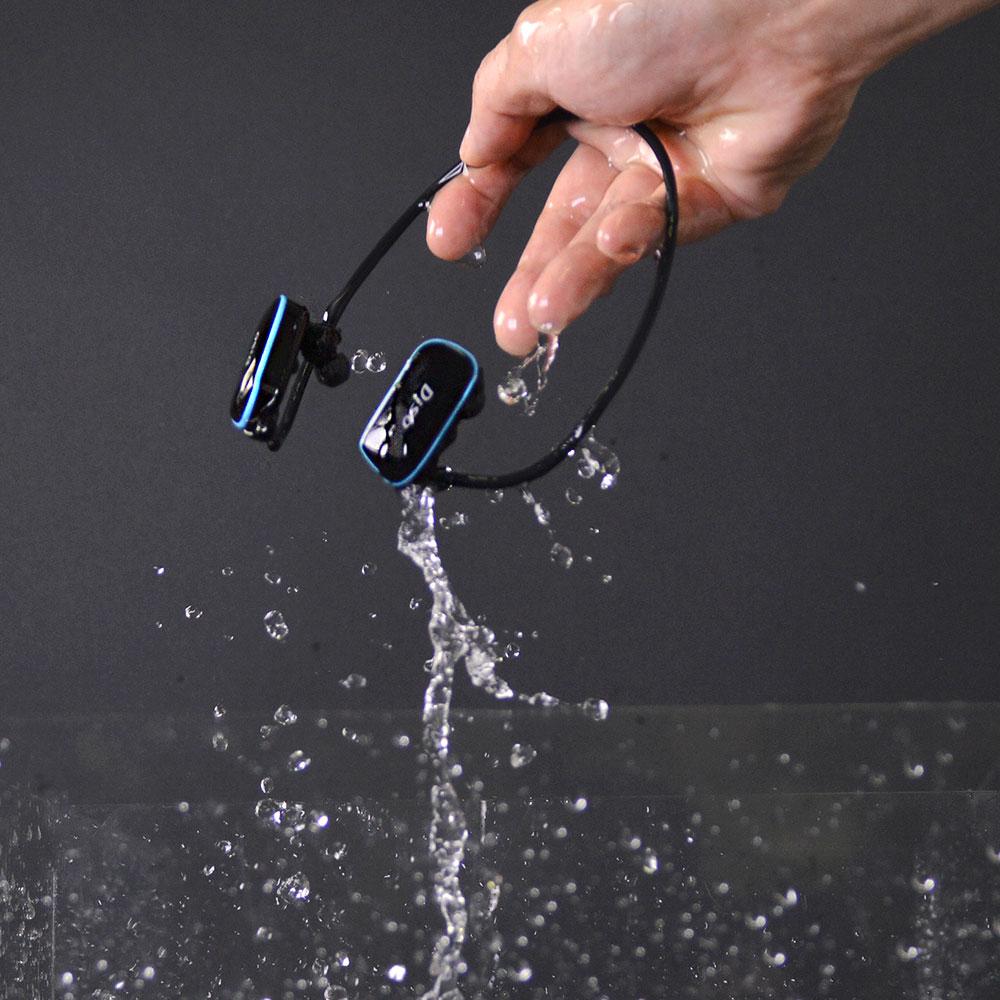 ヘッドフォン一体型 完全防水MP3プレーヤー8GB