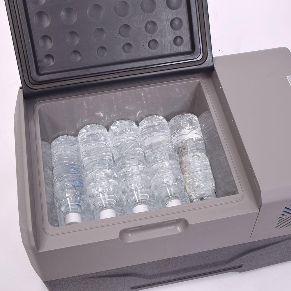 どこでも使える!バッテリー内蔵30Lひえひえ冷蔵冷凍庫