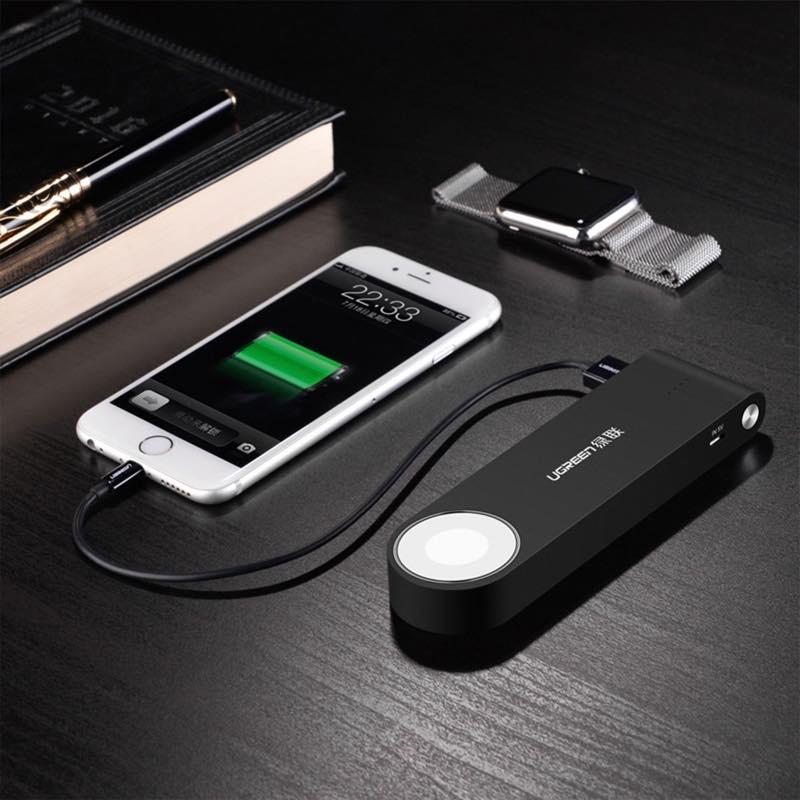 Apple Watch & iPhone同時充電モバイルバッテリー