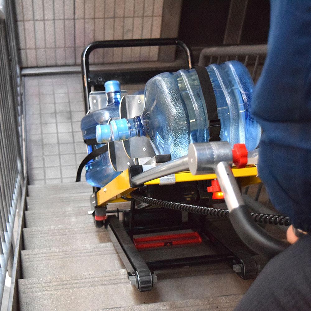 階段台車用ボトルサーバー4個載せアタッチメント