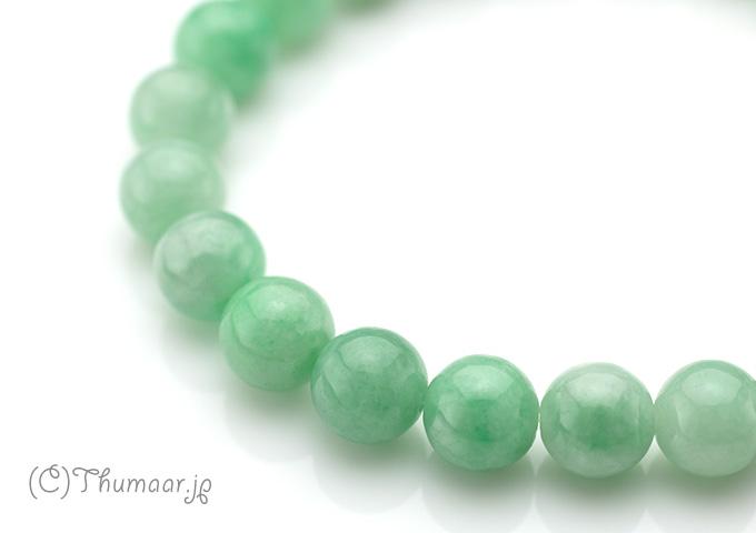 美しい緑色の翡翠のブレスレット【8mm】