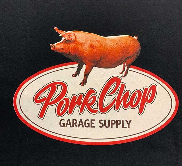 PORKCHOP GARAGE SUPPLY ポークチョップ ガレージサプライ SCRIPT PORK TEE スクリプト ポーク Tシャツ 半袖 2色(BLACK/WHITE)