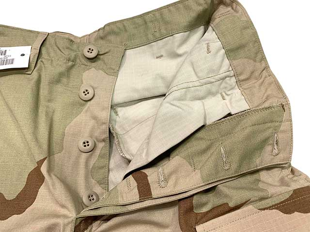 【DEAD STOCK】1990年代製  US COMBAT TROUSERS 3C 3COLOR DESERT CAMOUFLAGE RIP STOP size:SMALL-LONG BDUパンツ 米軍 軍パン リップストップ 3カラーデザートカモ 【デッドストック】