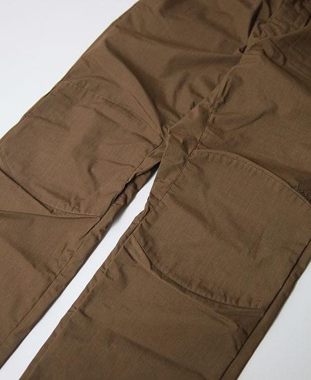 NANGA ナンガ TAKIBI FIELD OVER PANTS ( COYOTE)