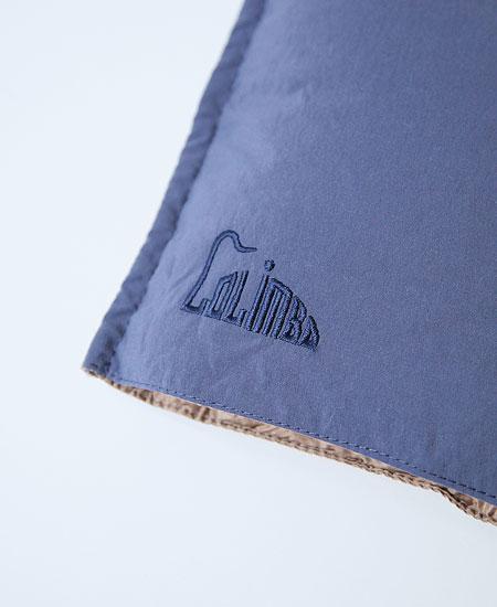 COLIMBO コリンボ CHAMPLAIN DOWN MUFFLER (BLUEBERRY × BEIGE)
