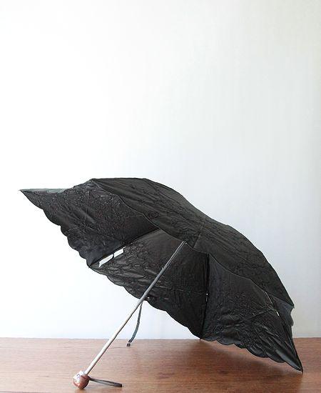 muuc ムーク フェンネル花刺繍の雨天兼用日傘 (折りたたみ傘)