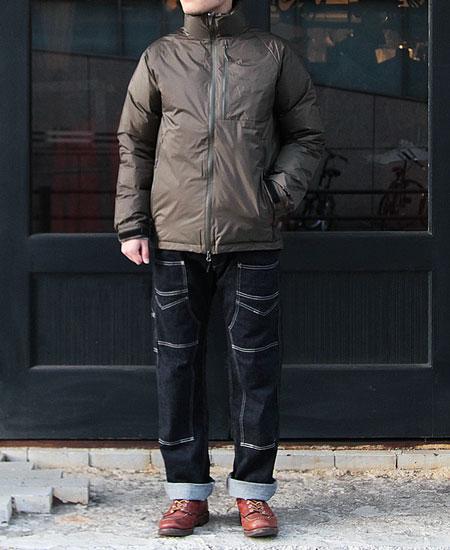 NANGA ナンガ AURORA STAND COLLAR DOWN JACKET (KHAKI)