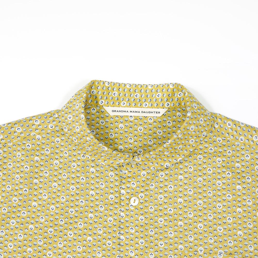 フラワードットラウンドカラー半袖シャツ - GRANDMA MAMA DAUGHTER