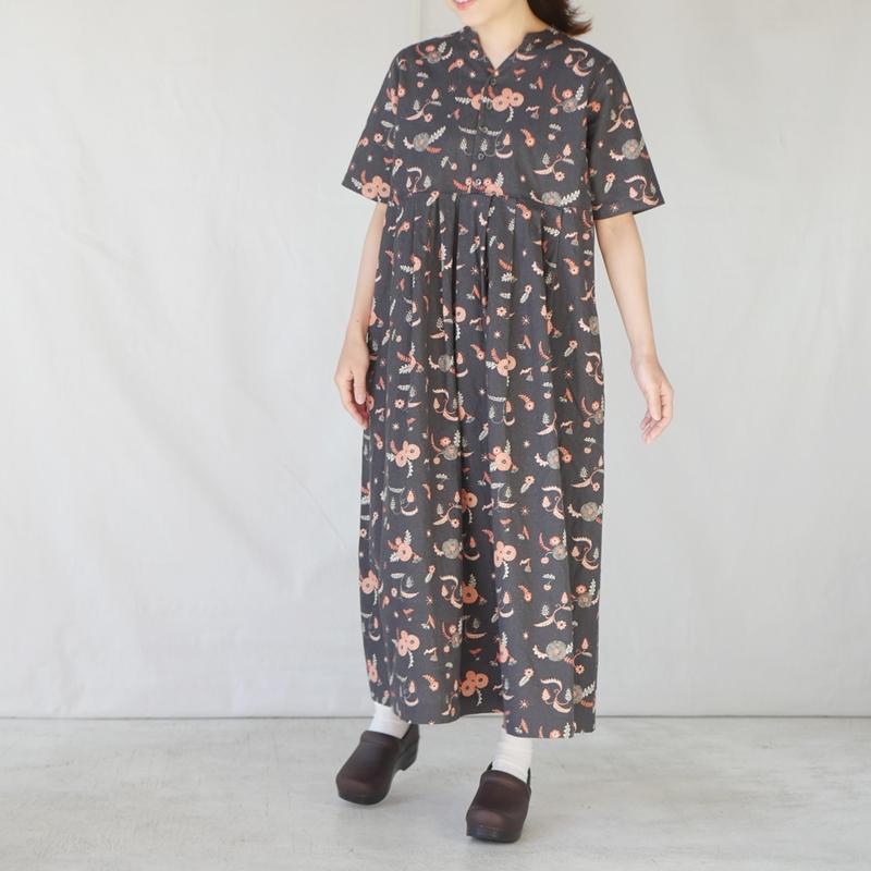 「MICHIKUSA」スキッパー半袖ワンピース GRANDMA MAMA DAUGHTER
