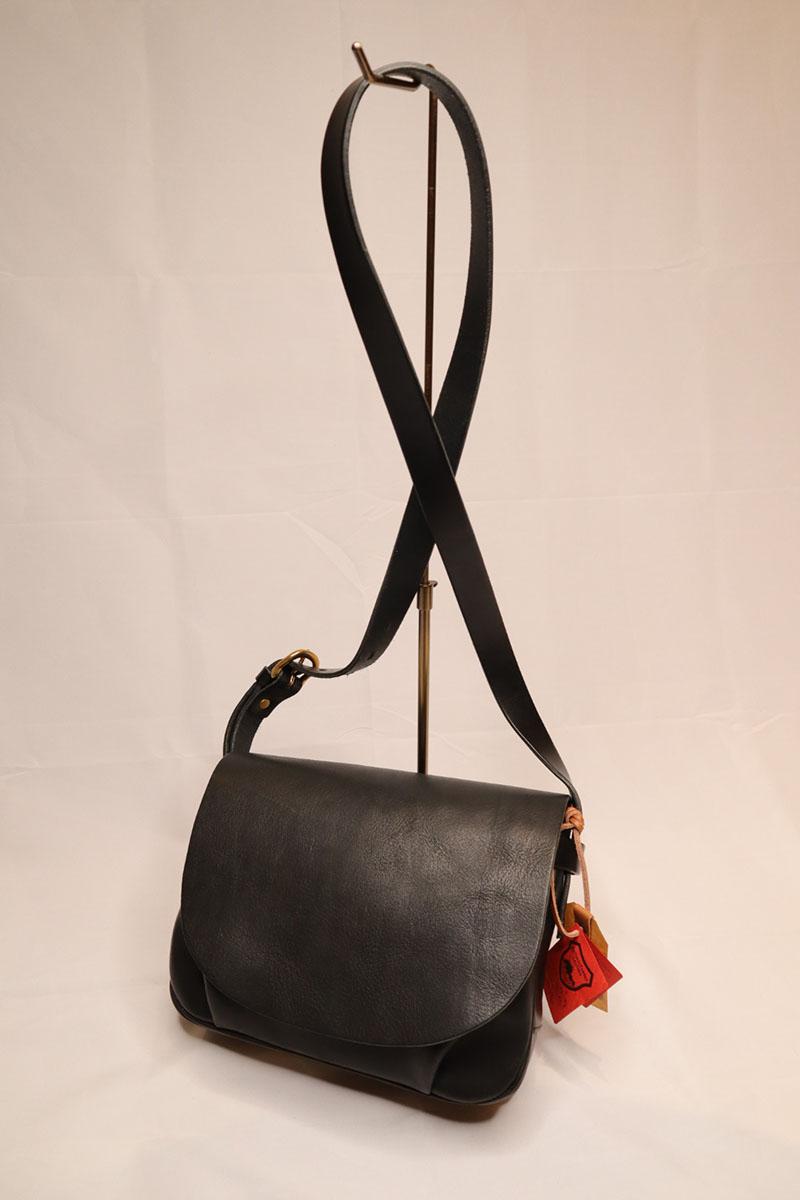 bono-flap shoulder bag S size