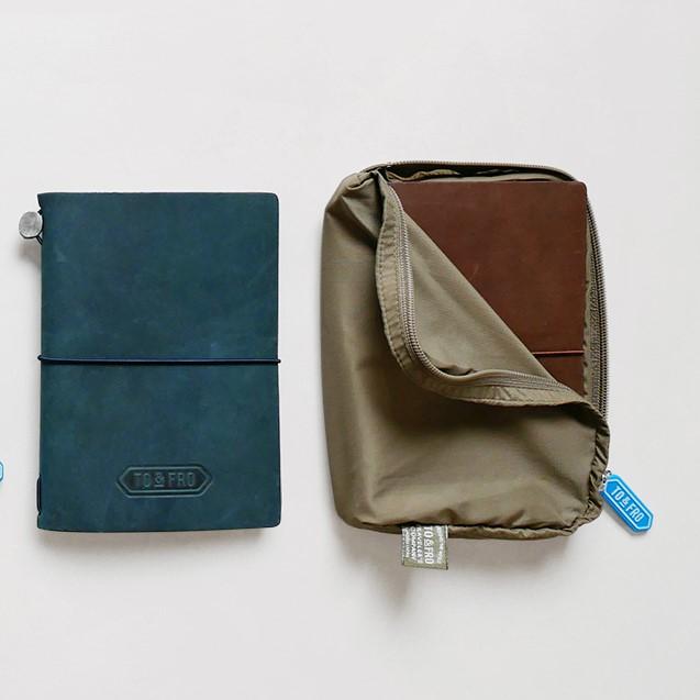 【TO&FRO×TRAVELER'S COMPANY】TO&FROオーガナイザー トラベラーズノートパスポートサイズ