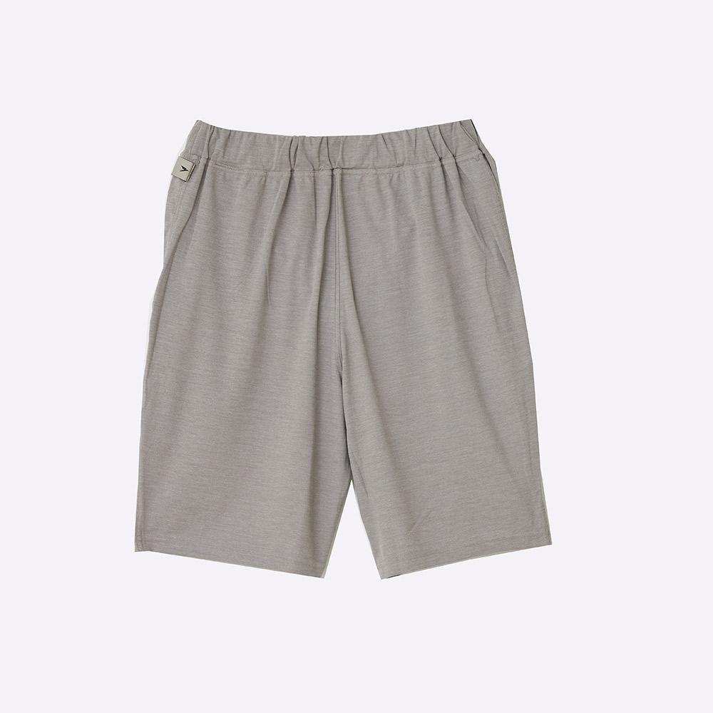 COMFORTABLE SHORT PANTS