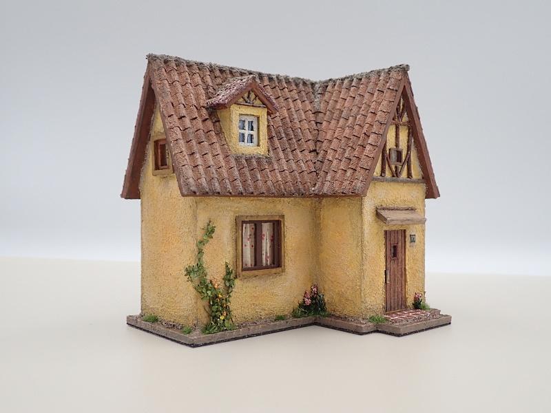 クチナシ色の家�