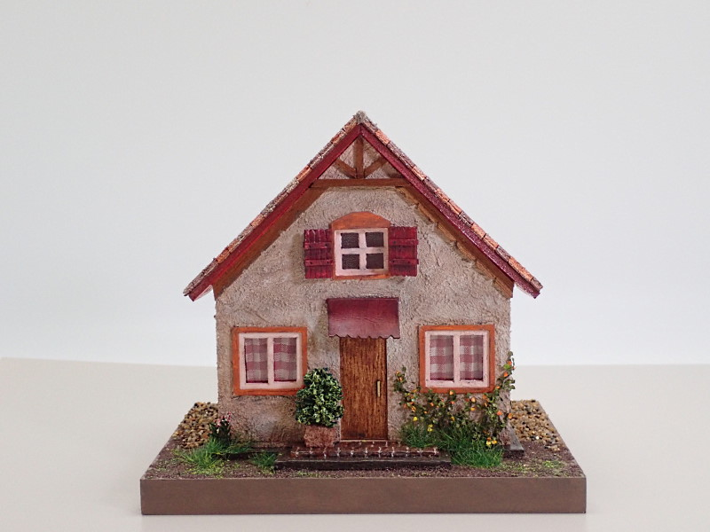 さんかく屋根のお家/庭なし
