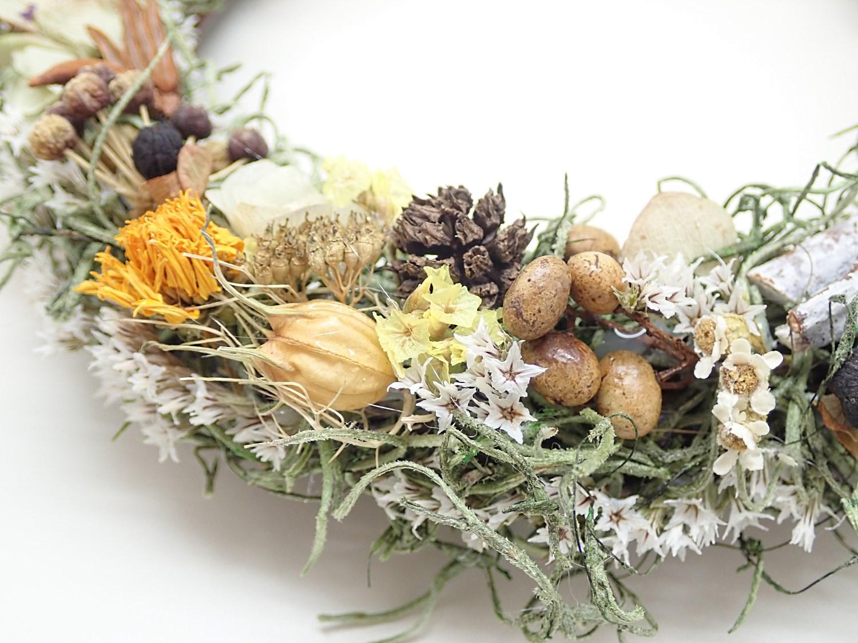 木の実と小花のリース  (18�)−オーダー品−
