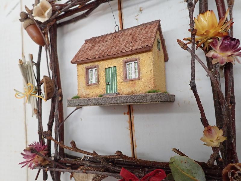 小枝のフレーム�「小さいお家」(イエロー)