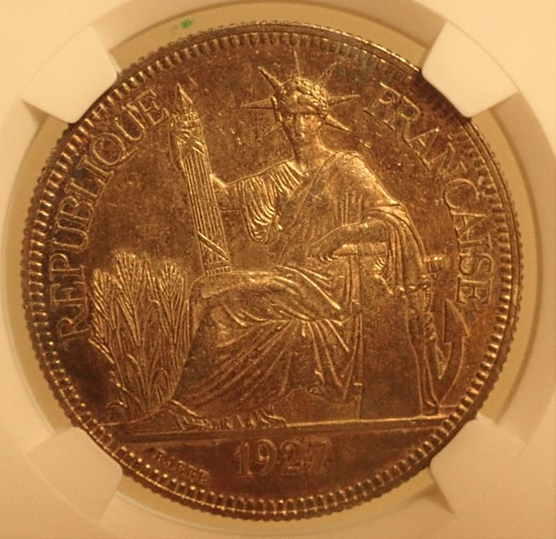 フランス領インドシナで1927年に発行された貿易銀ピアストル