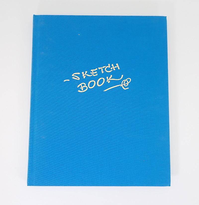 映画「リトルマーメイド」の、サイン入り限定版アートブック(ブックカバー付き)