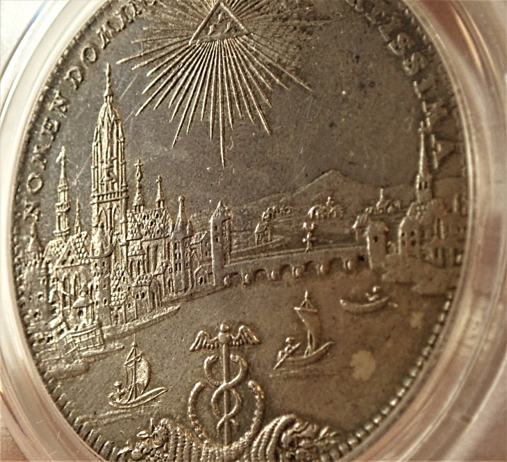 ドイツのフランクフルトで1772年に発行された都市景観1ターレル、KM-251