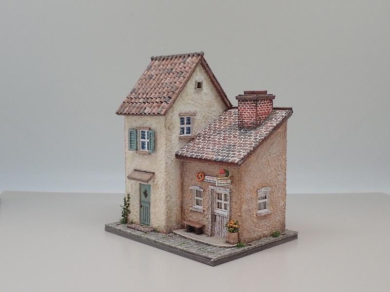ドイツの小さな町のパン屋さん�(ブラウン)