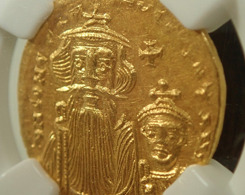 ビザンツ帝国(東ローマ帝国)で紀元654-668年にかけ発行されたソリダス金貨