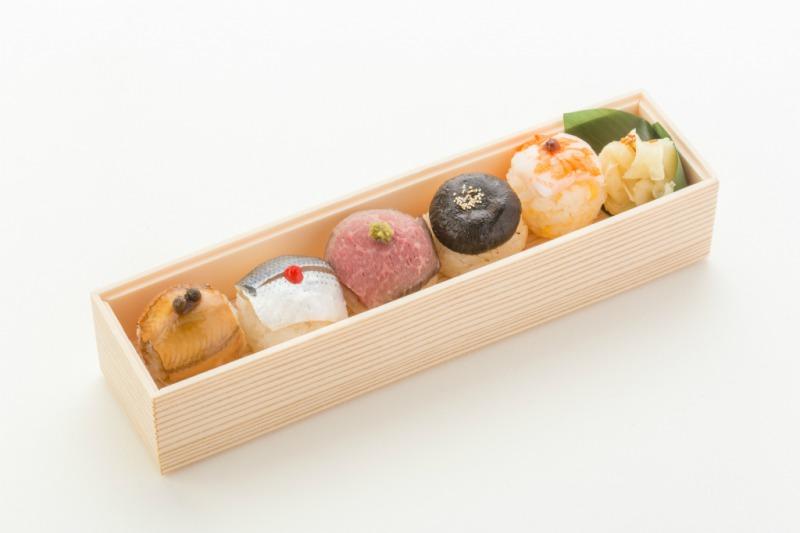 (仕出し弁当)文箱BOX(手毬寿司&ローストビーフ丼)