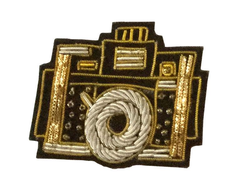 ザリ刺繍ブローチ(カメラ) M21-1116