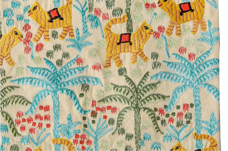 ジャングル刺繍トートバッグ(2カラー) M26-1658