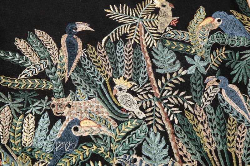 ジャングル刺繍クッションカバー(2カラー) M26-1650